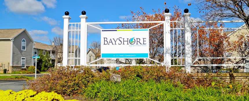 BayShore Apartments in Greenwood